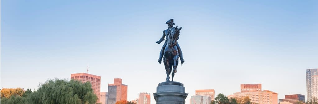 georgewashingtonmonument-bostoncommon-studyusa